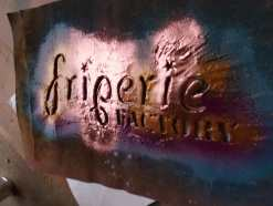 Pochoir Friperie Factory